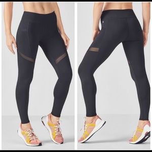 NWT Fabletics Salar Statement Powerhold Leggings